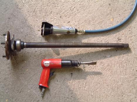 Halfshaft Bearing Repair – Ford Anglia 105E Owners' Club